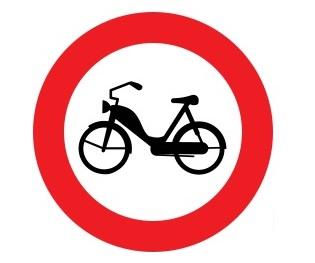 A_zákaz-mopedů
