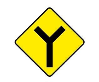 IRL_křižovatka-typu-Y_dej-přednost