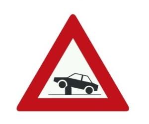 NL_pozor-na-zatahovací-sloupek-v-jízdním-pruhu